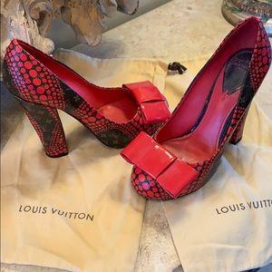 RARE Louis Vuitton Limited Edition pump